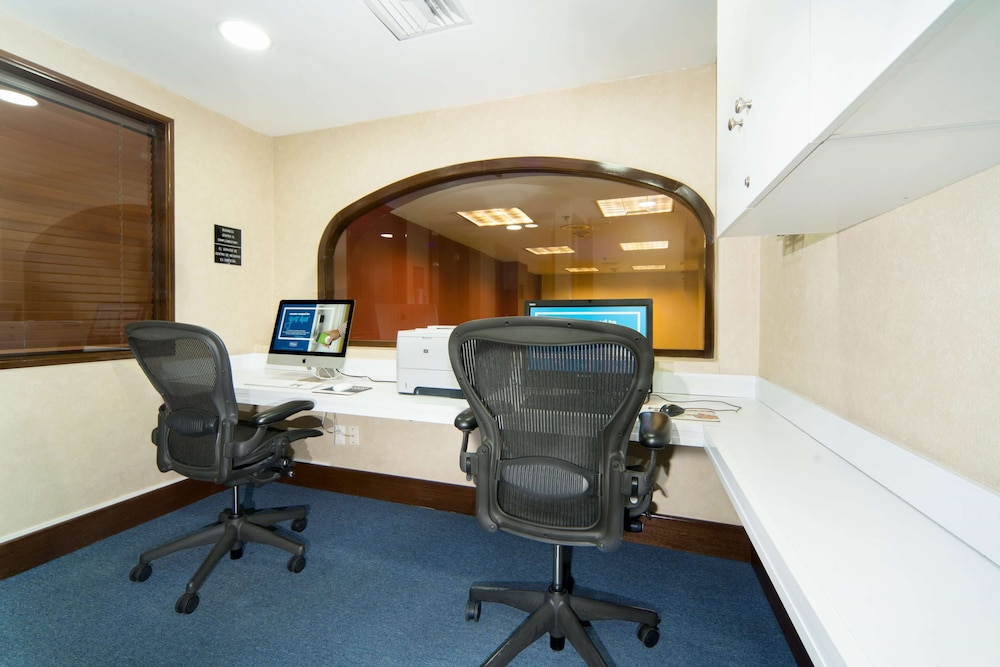Business Center, Hampton Inn & Suites Mexico City - Centro Historico