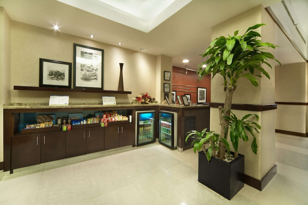 Snack Bar, Hampton Inn & Suites Mexico City - Centro Historico