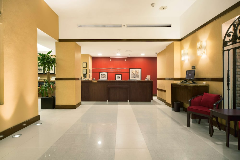 Reception, Hampton Inn & Suites Mexico City - Centro Historico