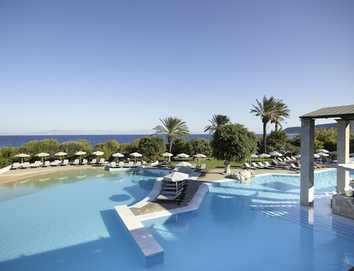 Rhodes Bay Hotel & Spa