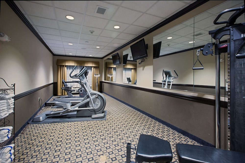 Fitness Facility, Holiday Inn Express & Suites Green Bay East