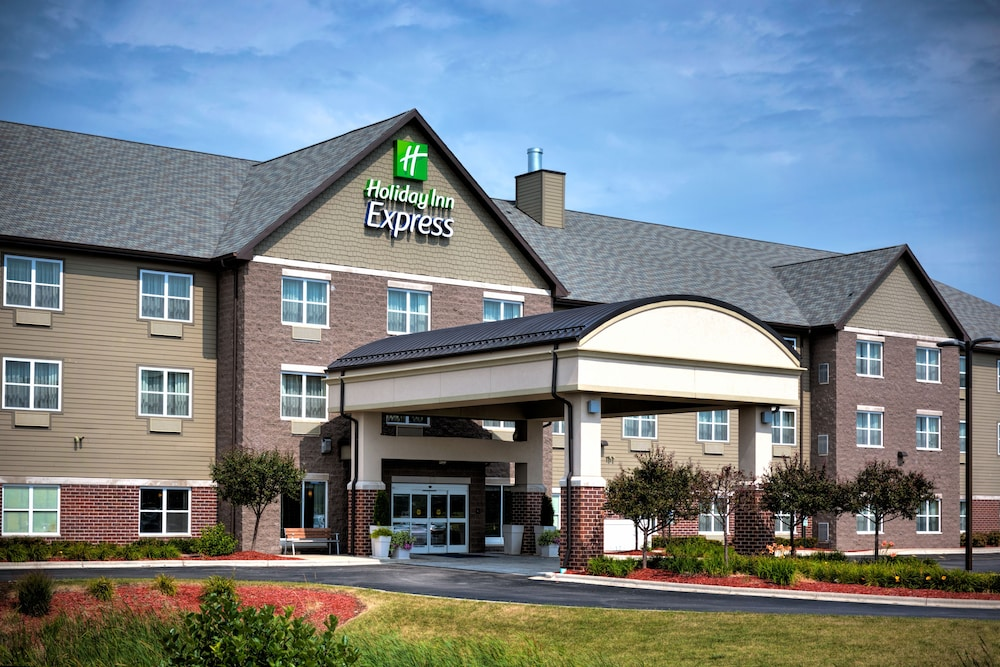 Featured Image, Holiday Inn Express & Suites Green Bay East