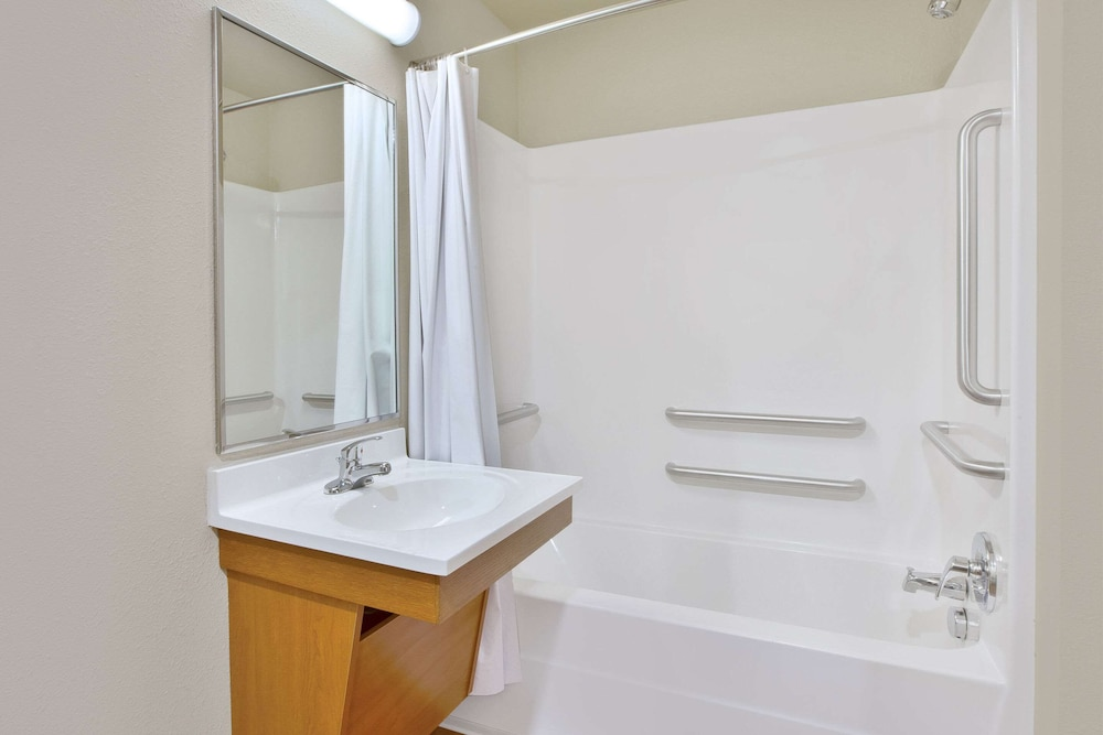 Bathroom, WoodSpring Suites San Antonio North Live Oak I-35