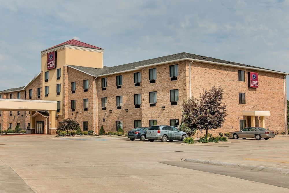 Comfort Suites South Bend Room Prices Amp Reviews