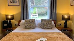 Free minibar items, individually decorated, individually furnished
