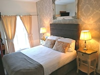 Standard Double Room, Ensuite