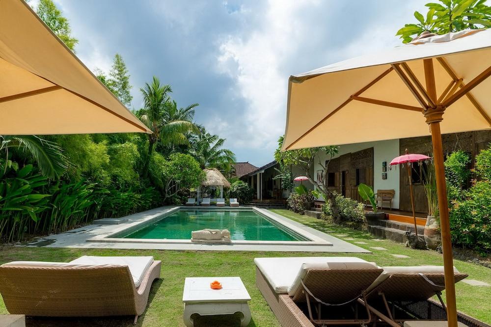 Villa Karisa Boutique Hotel