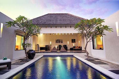 The Seminyak Suite - Private Villa - By Astadala