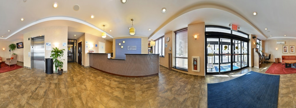 Holiday Inn Express Staten Island West In New York Hotel Rates Reviews On Orbitz