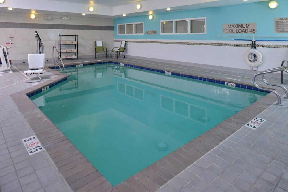 Indoor Pool, SpringHill Suites by Marriott Roseville