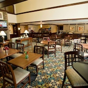 Hawthorn Suites by Wyndham Williamsville Buffalo Airport