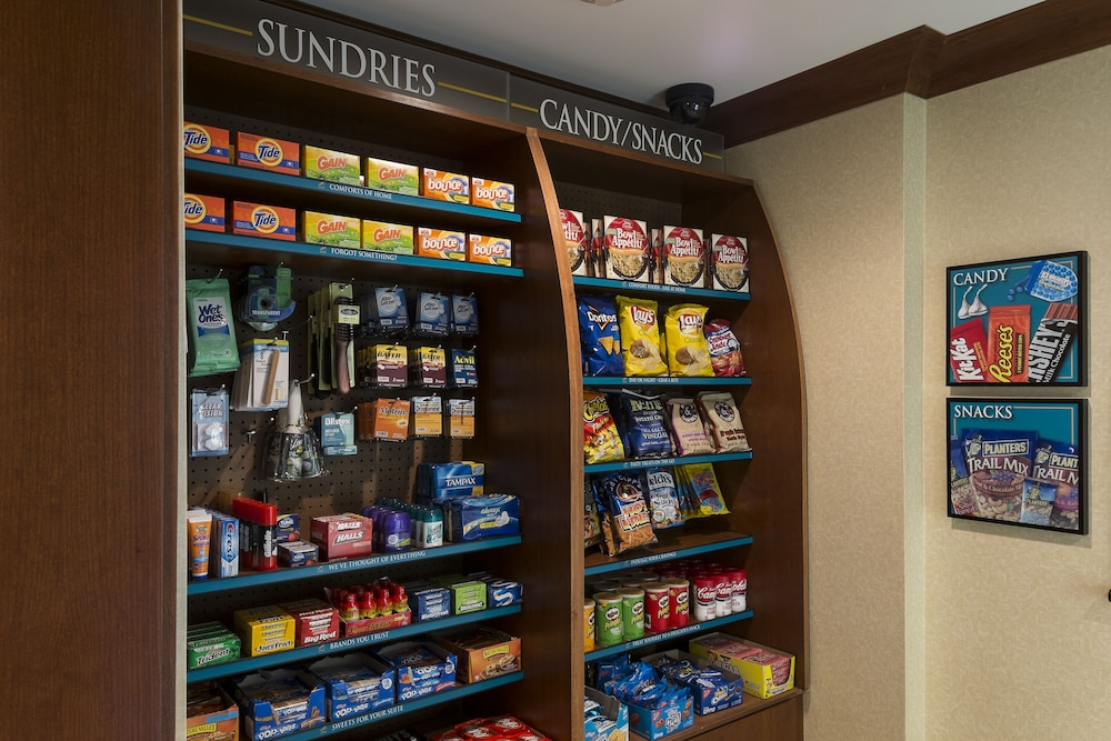 Gift Shop, Staybridge Suites Harrisburg
