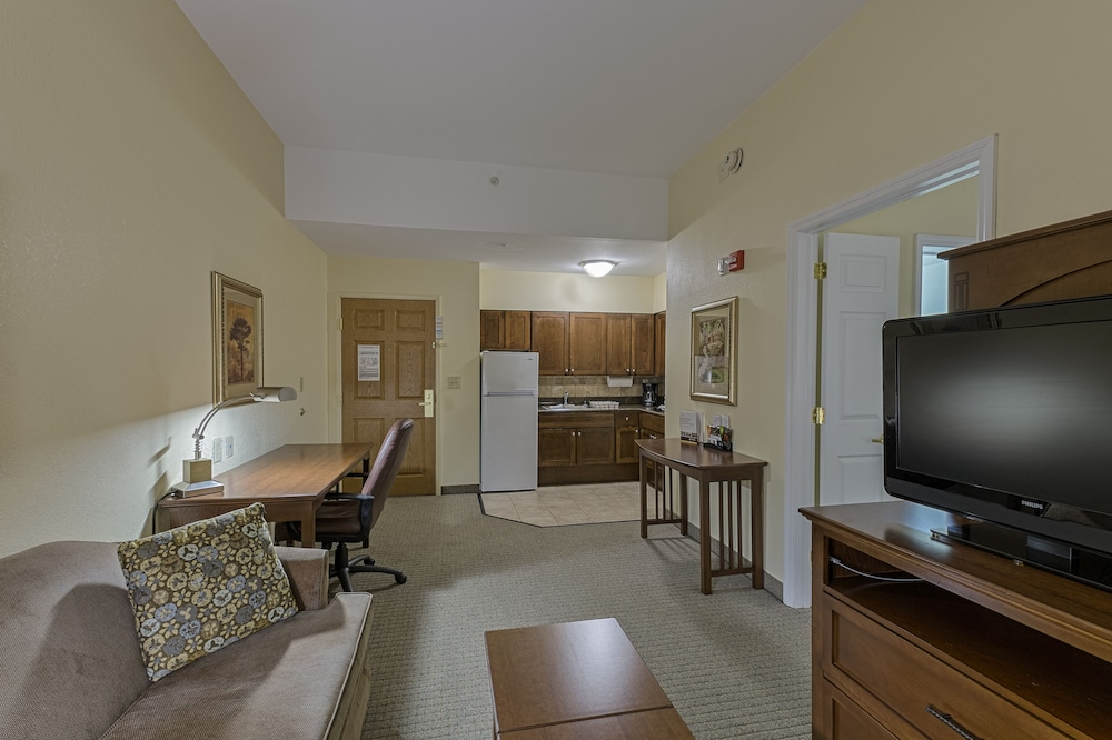 Room, Staybridge Suites Harrisburg