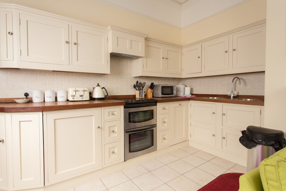 Private Kitchen, Discovery Accommodation