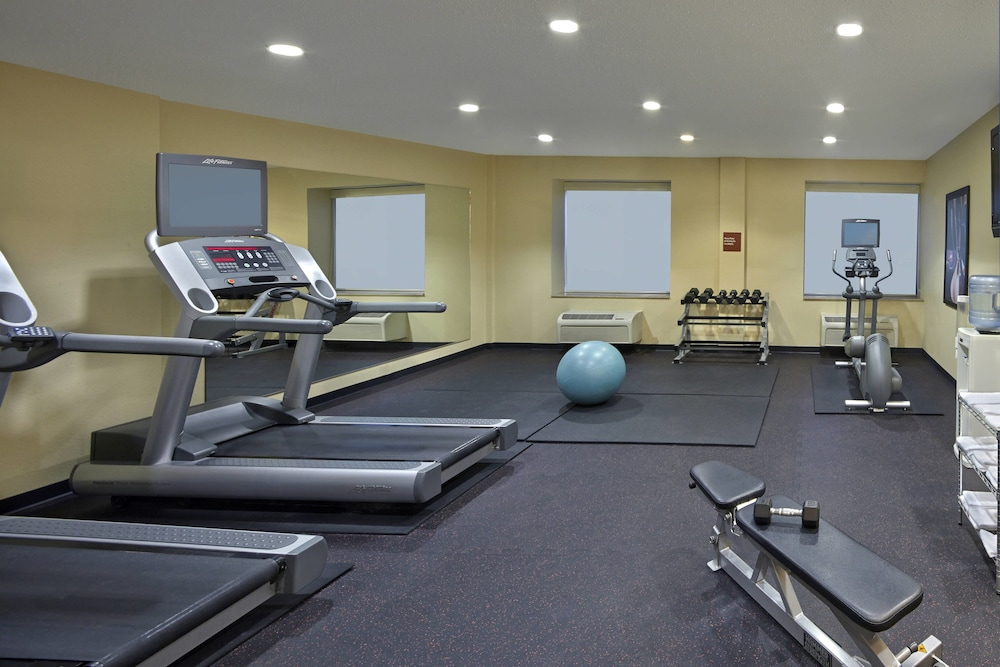 Fitness Facility, TownePlace Suites by Marriott Albany Downtown/Medical Center
