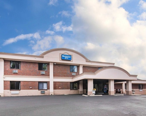 Check Expedia for Availability of Rodeway Inn Skytop