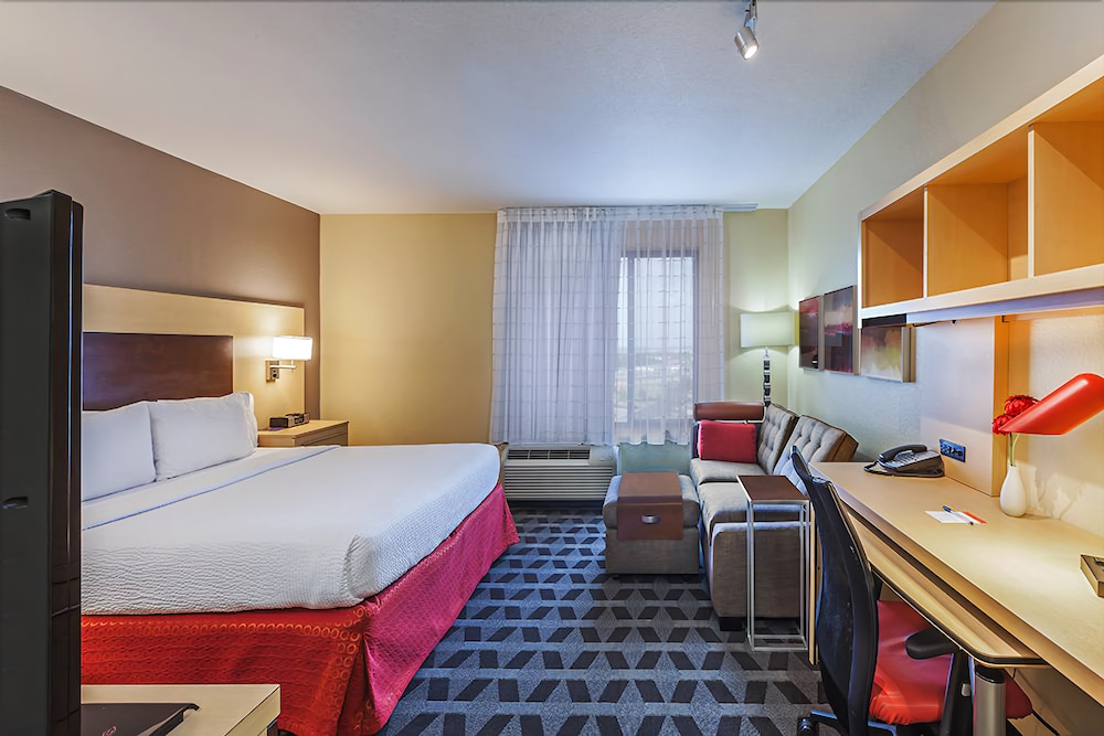 Room, Towneplace Suites by Marriott Broken Arrow