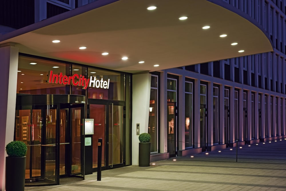 Intercityhotel hannover reviews photos rates for Hotel hannover