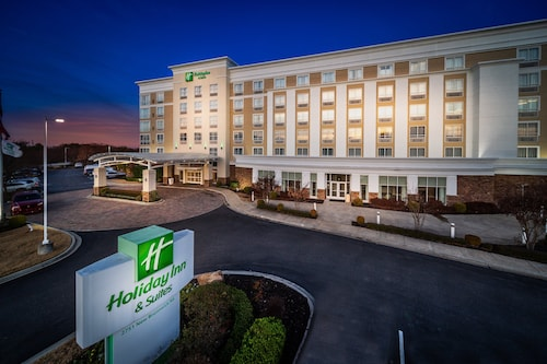 Holiday Inn Hotel & Suites Memphis - Wolfchase Galleria, an IHG Hotel
