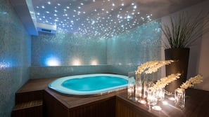 Indoor spa bath