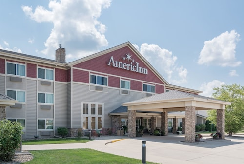 AmericInn by Wyndham Newton