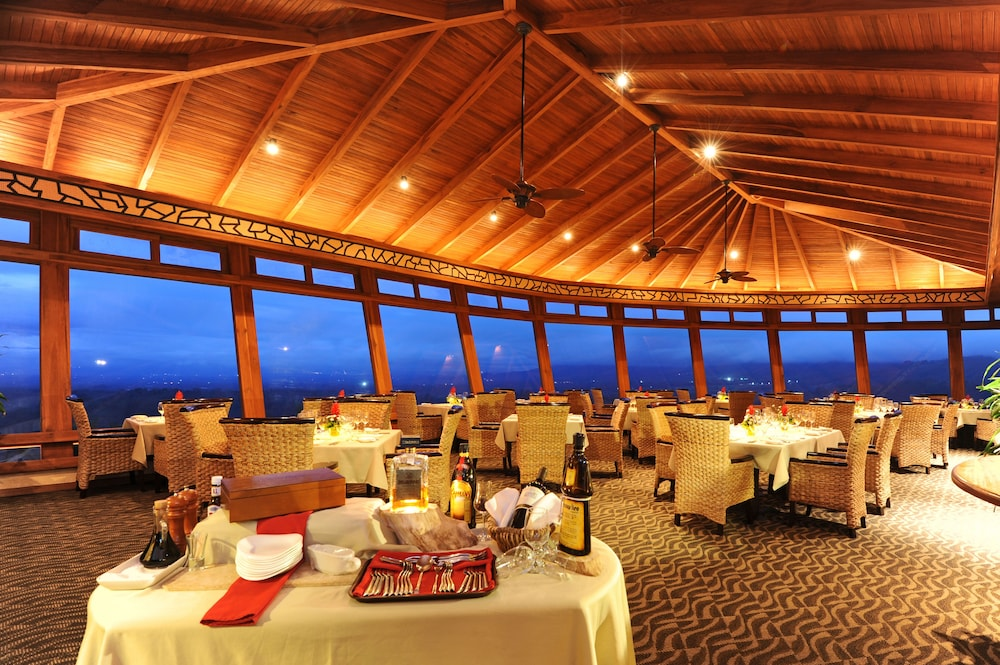 Dining, The Springs Resort and Spa at Arenal