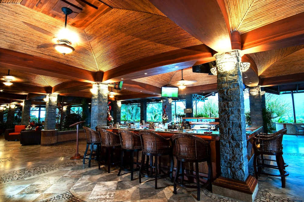Bar, The Springs Resort and Spa at Arenal