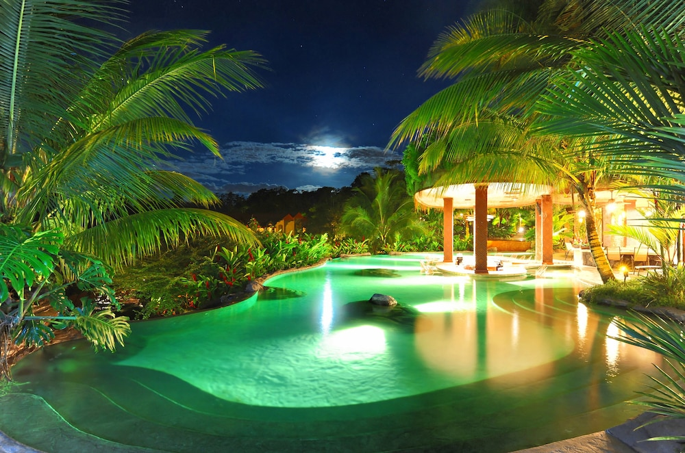 Poolside Bar, The Springs Resort and Spa at Arenal