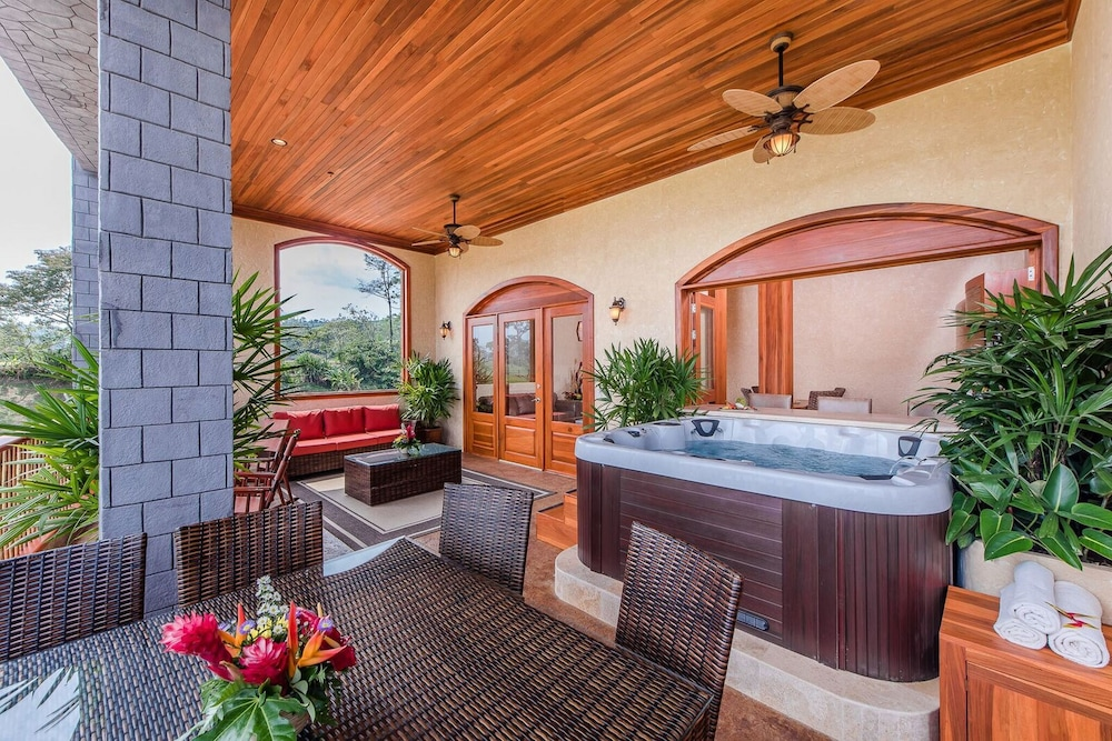 Jetted Tub, The Springs Resort and Spa at Arenal