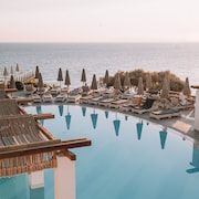 Sea Side Resort & Spa - All Inclusive