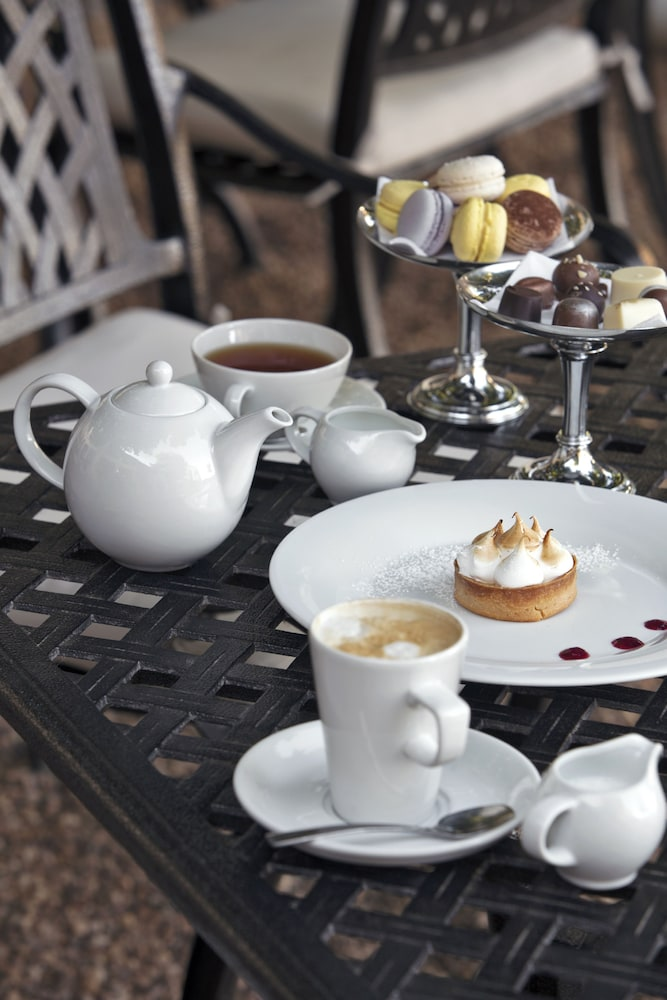 Coffee Service, Asara Wine Estate & Hotel