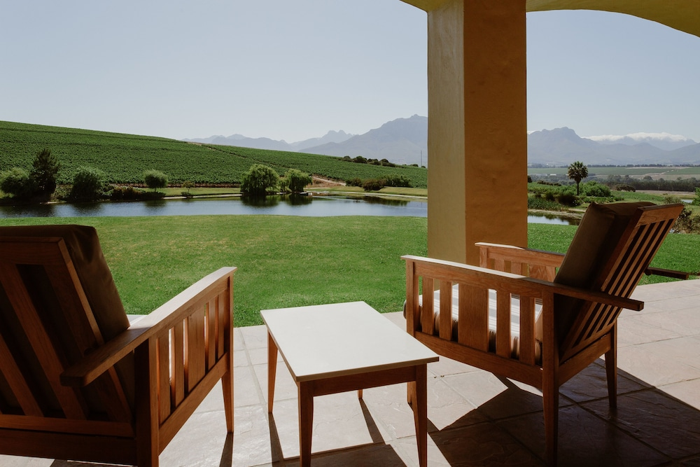 Mountain View, Asara Wine Estate & Hotel