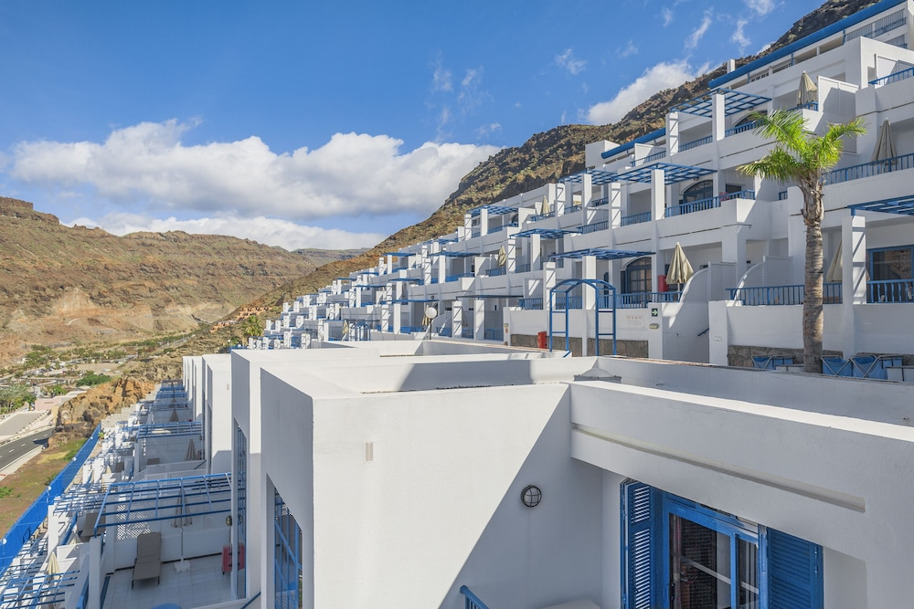 Front of Property, Cala Blanca by Diamond Resorts