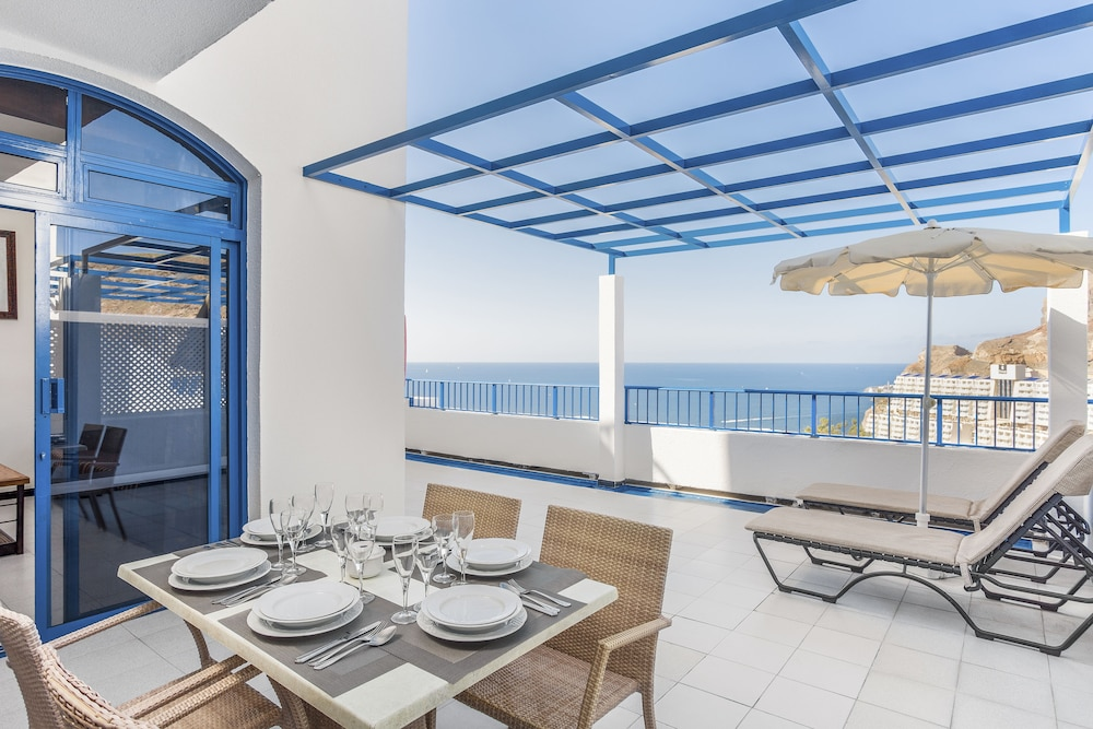 In-Room Dining, Cala Blanca by Diamond Resorts