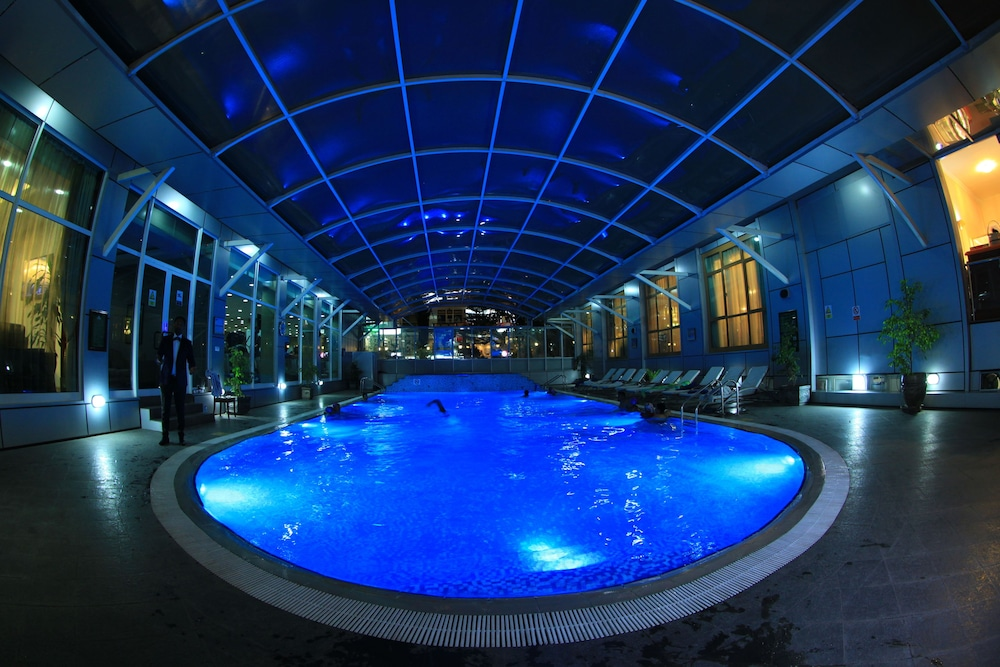 Indoor Pool, Harmony Hotel