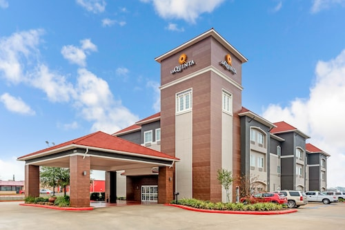 La Quinta Inn & Suites by Wyndham Orange