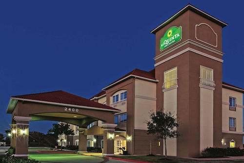 La Quinta Inn & Suites by Wyndham Angleton