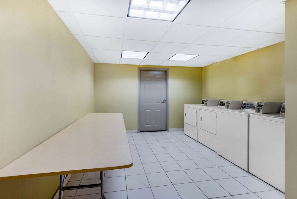 Laundry Room, La Quinta Inn by Wyndham West Long Branch