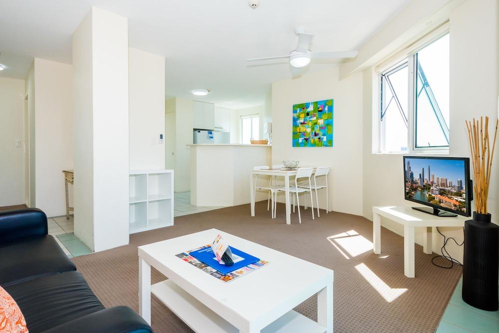 Gold coast accommodation deals july 2018