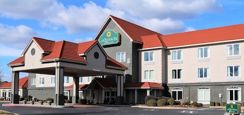 La Quinta Inn & Suites by Wyndham Russellville