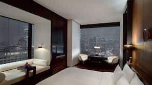 1 bedroom, premium bedding, down duvet, Tempur-Pedic beds