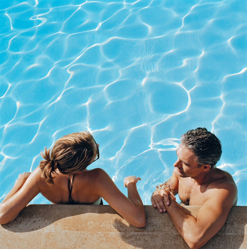 Outdoor Pool, Four Points by Sheraton Ontario-Rancho Cucamonga