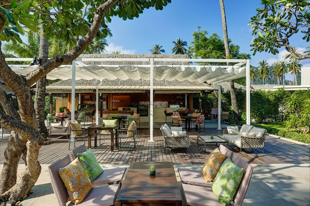 Phi Phi Island Village Beach Resort Expedia