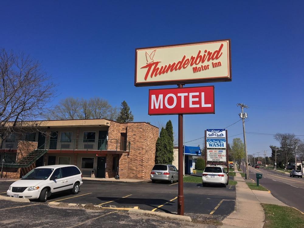 Thunderbird Motor Inn Baraboo Wisconsin Dells United
