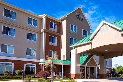 Country Inn & Suites by Radisson, Wilson, NC