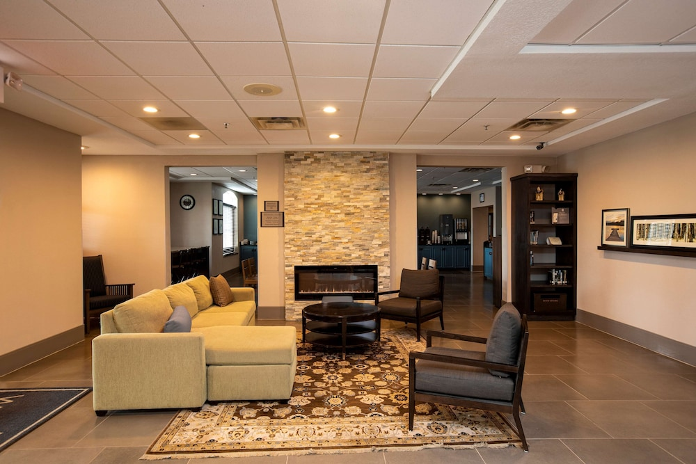 Lobby, Country Inn & Suites by Radisson, Wilson, NC