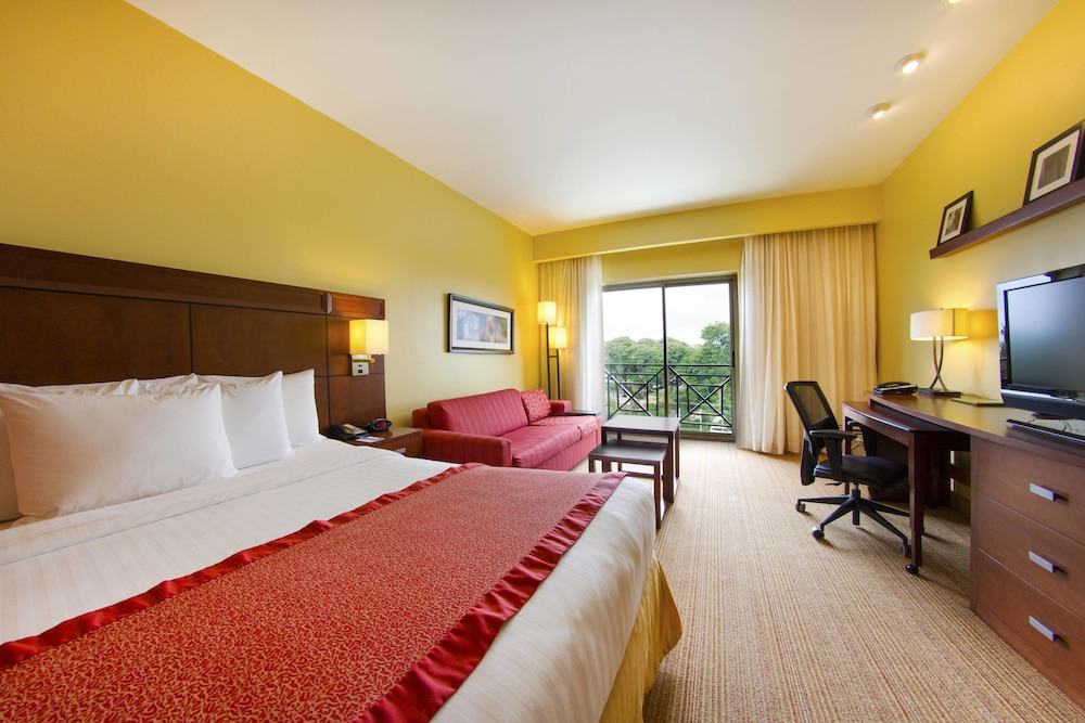 Room, Courtyard by Marriott Paramaribo