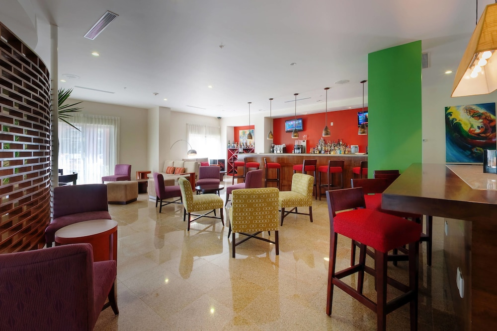 Restaurant, Courtyard by Marriott Paramaribo