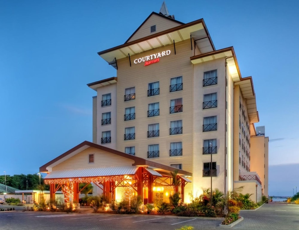 Front of Property - Evening/Night, Courtyard by Marriott Paramaribo