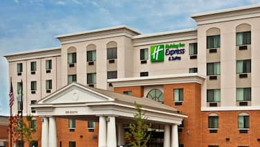 Holiday Inn Express Hotel & Suites Chicago West-O'hare Arpt, an IHG Hotel